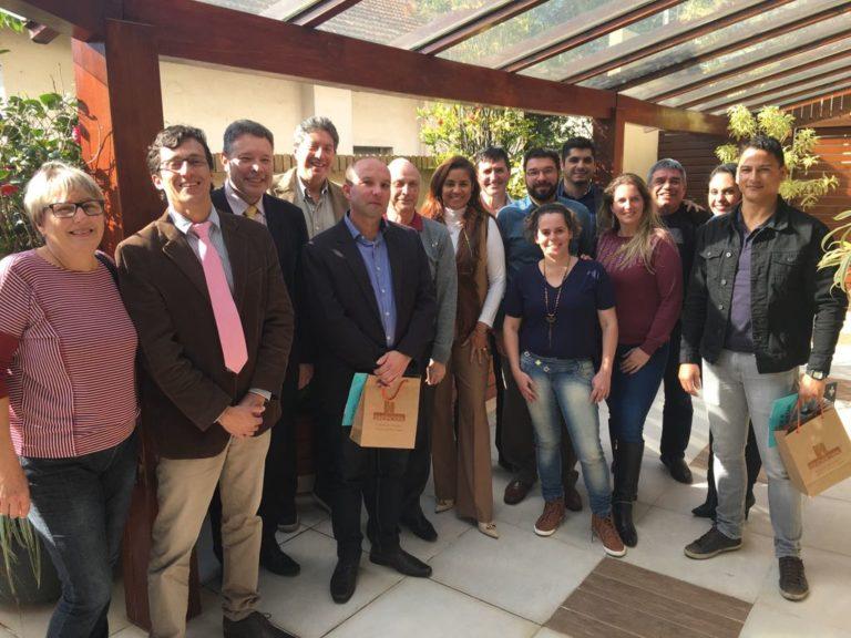 Núcleo de Residenciais Geriátricos se reúne com representantes da Vigilância Sanitária