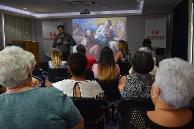 Conselheiro do SINDIHOSPA palestra em evento do Fórum Social Mundial da População Idosa